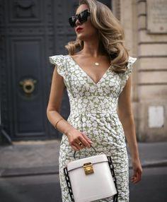 30 Dresses in 30 Days Cute Dresses, Vintage Dresses, Summer Dresses, Summer Outfit, Trendy Dresses, Nyc Fashion, Womens Fashion, Fashion Design, High Tea Dress