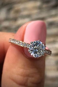 Simple Engagement Rings For Girls Who Love Classic ❤ See more: http://www.weddingforward.com/simple-engagement-rings/ #weddings