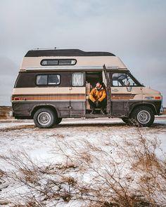 Grunge Bedroom, Gmc Vans, Camper Van Life, Van Home, Van Car, Bus Life, Family Road Trips, Rv Campers, House On Wheels