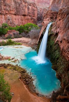 Havasu Falls | Arizona A 10 mile hike downhill.. and then back up! I'm doing this next summer regardless if someone goes with me or not!