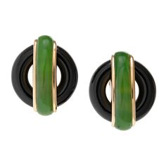 vintage aldo cipullo jade, onyx, and gold for Cartier, Cartier Earrings, Cartier Jewelry, Gold Earrings, Jewelery, Jade Jewelry, Jewelry Accessories, Handcrafted Jewelry, Vintage Jewelry, Rings For Men