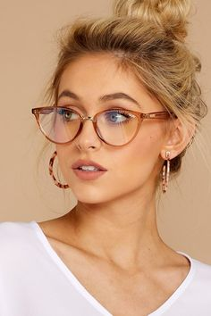 2020 Women Glasses Affordable Glasses Stylish Reading Glasses Frame Without Lens - Brillen Trends Glasses Frames Trendy, Fake Glasses, New Glasses, Girls With Glasses, Glasses Online, Cat Eye Glasses, Cool Glasses, Champagne Glasses, Makeup With Glasses