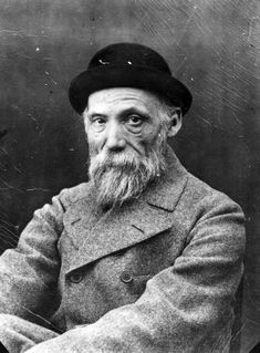 Auguste Renoir I selected this portrait for the expression on his face. His eyes are very soulful. Renoir is wearing his coat and hat -- this portrait seems very proper and speaks of etiquette from a bygone era. Pierre Auguste Renoir, Edouard Manet, Claude Monet, Famous Artists, Great Artists, Artist Art, Artist At Work, Foto Face, August Renoir