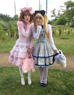 ADRIANA ROTELLI (OFICIAL): Angélica e Sophia Abrahão se fantasiam: 'Brincando de boneca'