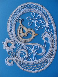 Bobbin Lacemaking, Bobbin Lace Patterns, Lace Making, Tatting, Embroidery, My Love, Techno, How To Make, Inspiration