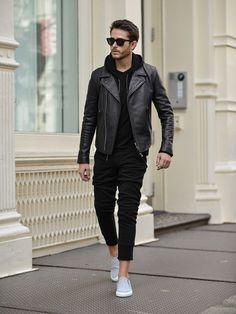 i am galla black hoodie mens street style Mens Fashion Blog, Latest Mens Fashion, Mens Fashion Suits, Men's Fashion, Fashion Spring, Fashion Styles, Fashion Guide, Fashion Trends, Fashion Photo