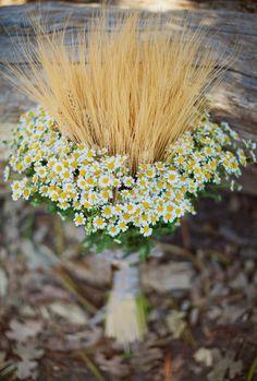 wheat bouquet // photo by LauraGoldenberger.com