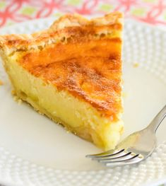 Old Fashioned Buttermilk Pie recipe - A creamy, sweet and tangy custard filling in a flaky pastry crust is perfect for holidays, or any time of year. It only takes five minutes to whip up this tasty old fashioned pie. -from Creations by Kara Pie Recipes, Baking Recipes, Dessert Recipes, Recipies, Drink Recipes, Delicious Desserts, Chicken Recipes, Buttermilk Pie, Custard Filling