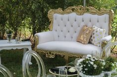 Bridal Shower Couch Bridal Shower Backdrop, Love Seat, Backdrops, Couch, Furniture, Home Decor, Settee, Decoration Home, Sofa