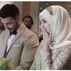 images about ♔ Muslim Couple ♕ on We Heart It Cute Muslim Couples, Romantic Couples, Wedding Couples, Cute Couples, Wedding Ideas, Wedding Hijab Styles, Disney Wedding Dresses, Pakistani Wedding Dresses, Muslim Brides