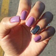 NYC: Lexington Lilac SinfulColors: Black on Black SinfulColors: Queen of Beauty Nail Art Manicure / Nail Design