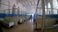 #En ruinas y sin medicinas, así agoniza el hospital más prestigioso de Venezuela - Infobae.com: Infobae.com En ruinas y sin medicinas, así…
