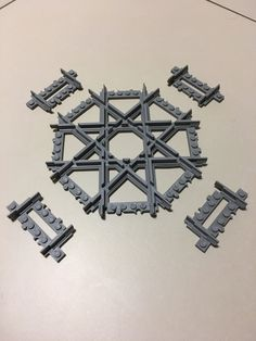 Technique to make possible the print of the 4-way crossing track : print 5 elements !