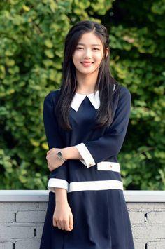 korean actress and kim yoo jung image Kim Yoo Jung Photoshoot, Korean Beauty, Asian Beauty, Kim Joo Jung, Korean Celebrities, Celebs, Korean Fashionista, Look Formal, Korea Fashion