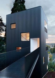Casa Torre / Benjamin Waechter Architect