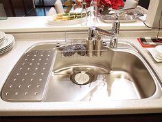 シティテラス加賀 モデルルームのキッチン 大型シンク