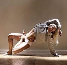 couples yoga poses for beginners ~ couples yoga poses for beginners . couples yoga poses for beginners easy . couples yoga poses for beginners workout . couples yoga poses for beginners fun Vinyasa Yoga, Yoga Bewegungen, Yoga Meditation, Yoga Art, Men Yoga, Yoga Poses For Men, Yoga Poses For Beginners, Male Poses, Pilates Workout