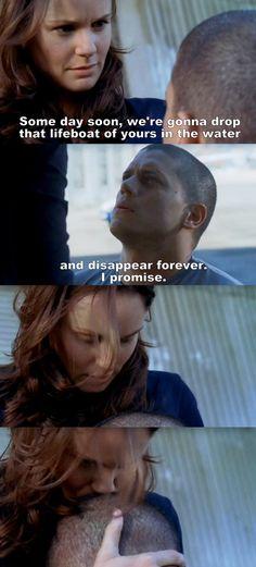 Prison Break S04E03 Michael & Sara.
