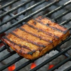 Grilled Beer Barbecue Tofu: Tofu never tasted so good.  #summer #grill #vegetarian