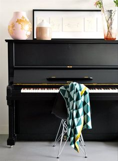 Black and Gold Piano Ikea magazine - LOVE this room!