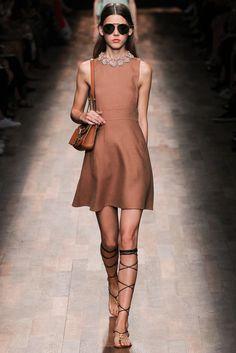 Valentino Spring 2015 Ready-to-Wear Fashion Show - Vivienne Rohner