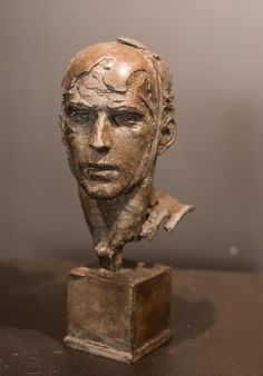 Christophe Charbonnel - Tête de Guerrier (bronze)