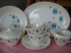 vintage Salem China in American Ironstone pattern Vintage Dishware, Vintage Dishes, Vintage Pottery, Vintage Pyrex, Vintage Rv, Vintage Table, Vintage China, Vintage Stuff, Vintage Items