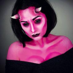 Halloween Makeup   https://thebeautyforecast.wordpress.com/2016/10/17/top-8-makeup-artists-to-follow-this-halloween/