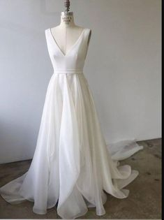 White Tulle V Neck Long Prom Dress, White Evening Dress from Girlsprom - Hochzeit Perfect Wedding, Dream Wedding, Wedding Day, Wedding Summer, Spring Weddings, Wedding Bride, Wedding Photos, V Neck Wedding Dress, One Shoulder Wedding Dress