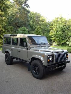 Defender 110 by RR CLASSIC #Landrover #Defender