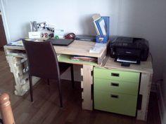 Bureau pour la maison / House Writing desk #Desk, #Office, #Pallets