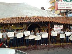 """CIERRAN CORTINAS DECENAS DE COMERCIOS EN ZIHUATANEJO COMO PROTESTA POR LA INSEGURIDAD EXIGEN """"ORDEN Y PAZ""""!!!"""