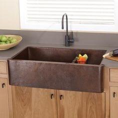hammered-copper-farmhouse-sink-porcelain-kitchen-sinks-copper-kitchen-lighting.jpg (375×375)