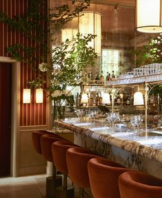 Girafe Restaurant Designed by Joseph Dirand, Paris, France - The Cool Hunter Design Bar Restaurant, Decoration Restaurant, Luxury Restaurant, Restaurant Concept, Restaurant Restaurant, Pub Decor, Restaurant Lighting, Joseph Dirand, Luxury Bar