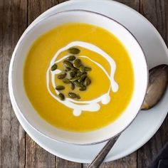 Creamy Butternut Squash Soup with Pepitas Learn my tips for making the BEST creamy butternut squash soup. There's a helpful video to make it even easier! - Learn my tips for making the BEST creamy butternut squash soup. Whole Foods Market, Butternut Squash Soup Crockpot, Keto, Carne Asada, The Best, Tips, Cozy Winter, Stove, Kitchens