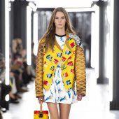 Louis Vuitton Haute Couture Fashion, Louis Vuitton, Lady, Blouse, Collection, Tops, Women, Louise Vuitton, Blouses
