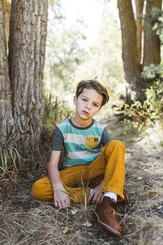 The Bambi collection from Rags! Cute Disney outfits for kids for fall! Fall Kids Photography, Children Photography Poses, Toddler Photography, Fall Photo Outfits, Cute Disney Outfits, Kid Poses, Sibling Poses, Boys Clothes Style, Rompers For Kids