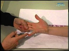 Manual muscle testing of the hand.mpg