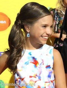 #ZieglerMackenzie kids' choice awards 2015