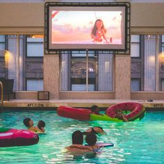 #Moana dive-in movies with little miss at @palacehotelsf