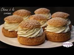 Recette des Choux à la Crème Chantilly - YouTube Justin Cook, Cake Cookies, Cupcake Cakes, Choux Cream, Chantilly Cream, Bagel Recipe, Pastry Art, Just Cooking, Eclairs