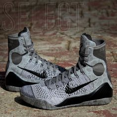 """Two masters of their respective art come together as the Nike Kobe 9 Elite """"Detail"""" takes inspiration from the legendary sculpted works of Italian Renaissance artist, Michelangelo. Nike Basketball Shoes, Sports Shoes, Nike Kobe Shoes, Adidas Shoes, Kicks Shoes, Shoes Sneakers, Slip On Tennis Shoes, Kobe 9, Nike Joggers"""