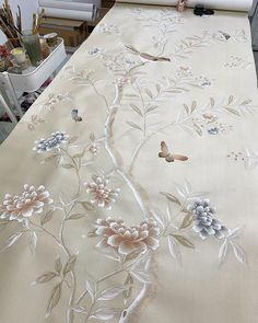 """Instagram의 Diane Hill님: """"Recently a few of you Awsome ladies asked what insights I had to offer on making your business work for your busy lifestyle. I said I would…"""" Pastel Colour Palette, Pastel Colors, Used Tea Bags, Chinoiserie Wallpaper, Silk Painting, Lovers Art, Ethereal, Art Decor, Watercolor Paintings"""