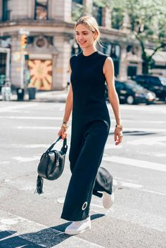 September 17, 2015 Tags Calvin Klein, Black, Pernille Teisbaek, Altuzarra, Women, Sneakers, Jumpsuits, Bags, New York