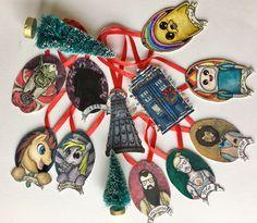 Un favorito personal de mi tienda Etsy https://www.etsy.com/es/listing/484051274/handmade-tree-nerd-christmas-ornaments