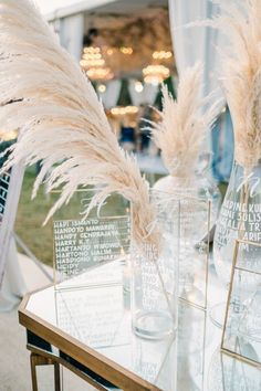 Luxe B Pampas Grass is lately the main on-line market for Pampas Grass.We supply a big number of Pampas varieties in herbal color, bleach white, red and different spell binding colours. We're recognized for high quality handpacked pampas this is delivered immediately for your door. Easiest for your own home decor, any tournament particularly boho wedding ceremony decor. Lately we send any place in the United States and Canada. @luxebpampasgrasswww.luxebpampasgrass.com#pampasgrass #driedpampasgrass #driedflowers #bohowedding