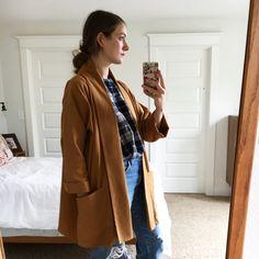 Wearing Oversized Kimono Jacket, my pattern from @makingzine No. 4/ Lines, in Nutmeg stitched cotton fabric. #wikstenpatterns #wikstenoversizedkimonojacket