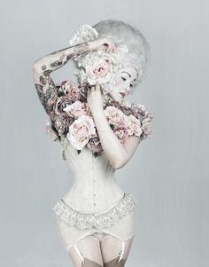 Corset Couture Dreams of Marie Antoinette ~Bienvenue sur le Cirque de la Nuit ~