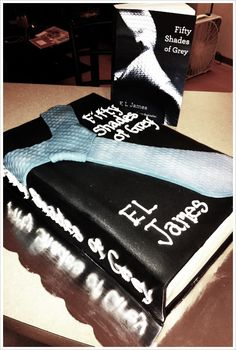 50 Shades of Grey Party #Cake!