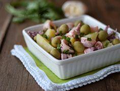 insalata di patate con calamari e olive